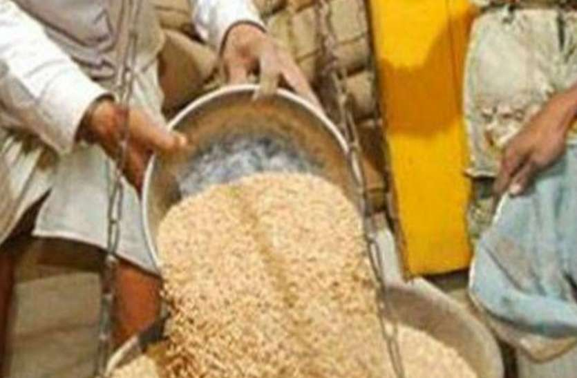 प्रधानमंत्री गरीब कल्याण अन्न योजनेंतर्गत एनएफएसए लाभार्थ्यांना अतिरिक्त मोफत धान्याचे वाटप